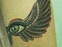 Ojo-eye-alas-wings-tattoo-tatuaje-amor-de-madre-zamora