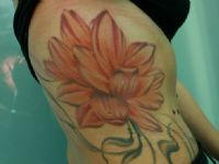 Flores-flowers-loto-lotus-color-colour-tattoo-tatuaje-amor-de-madre-zamora-girl-woman-chica-mujer