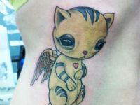 Gato-cat-alas-wings-corazon-cute-color-colortattoo-tattoo-tatuaje-amor-de-madre-zamora